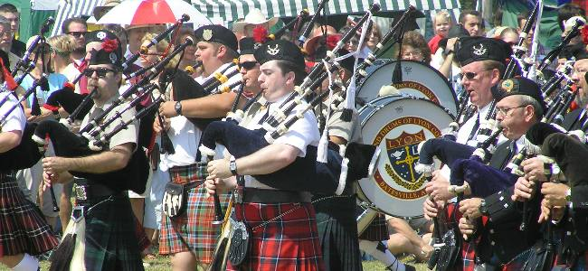 march-bagpipes